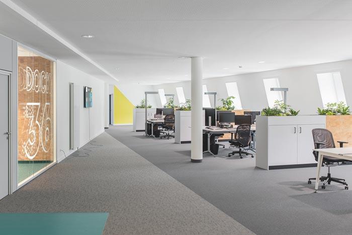 IT咨询公司办公室装修设计案例