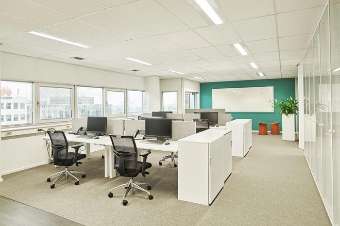 代步车公司办公室办公区域设计效果图