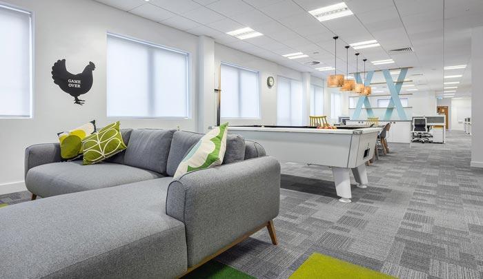 招聘服务公司办公室装修设计案例