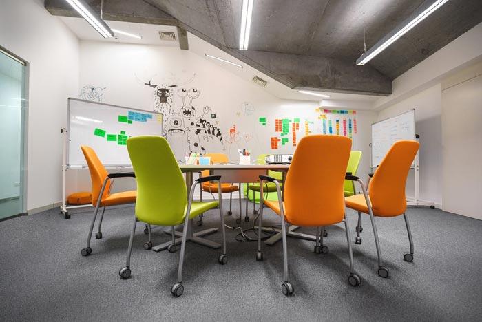 小型创意办公室装修设计案例