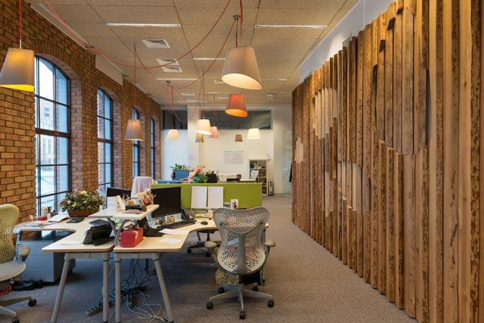 青岛科技信息公司办公室装修设计案例