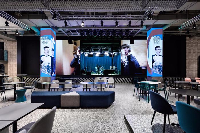 视觉传媒公司办公室演唱区装修设计效果图