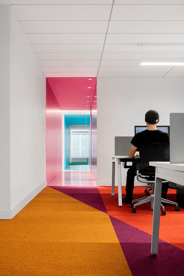 娱乐公司办公室地毯装修设计效果图