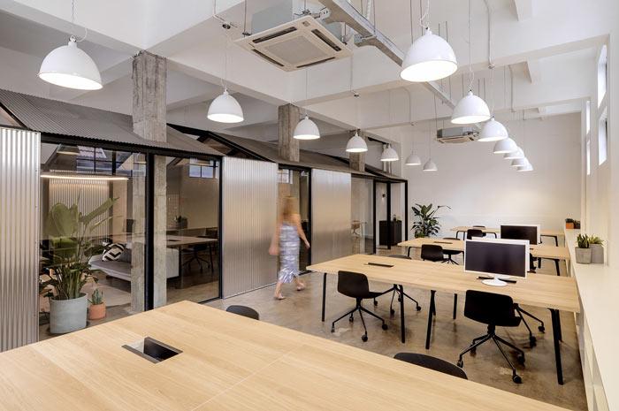 箱包公司办公室办公区装修设计效果图