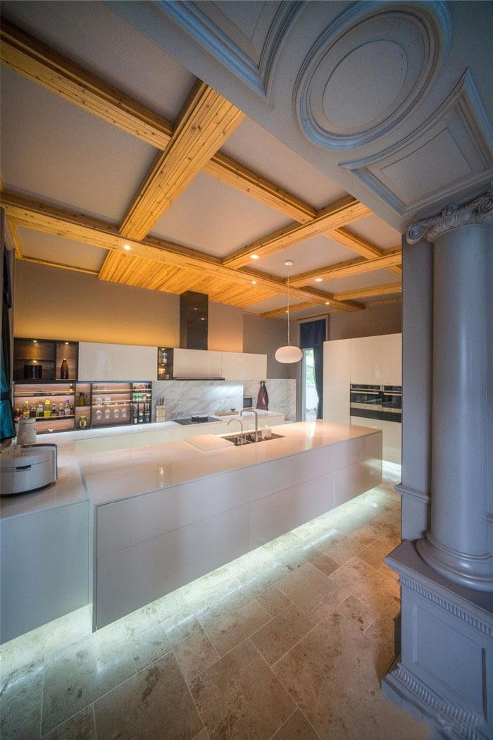 禅意办公室厨房装修设计效果图.