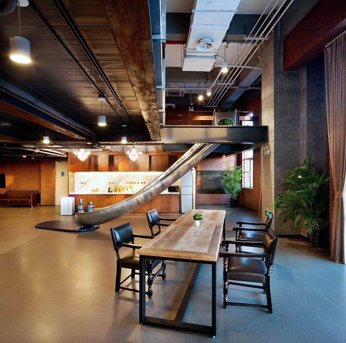 创客孵化中心办公楼滑梯装修设计效果图