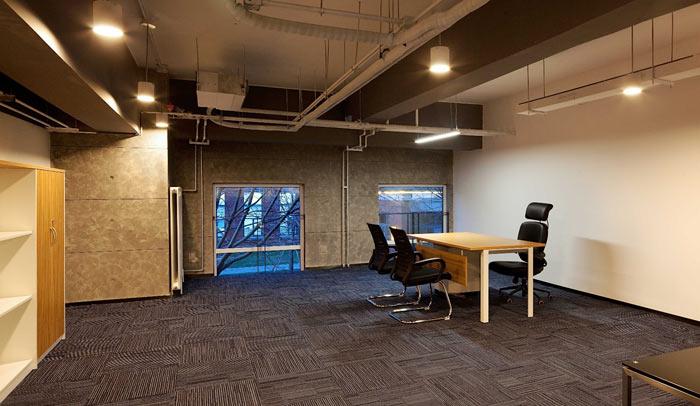 创客孵化中心办公楼经理办公室装修设计效果图