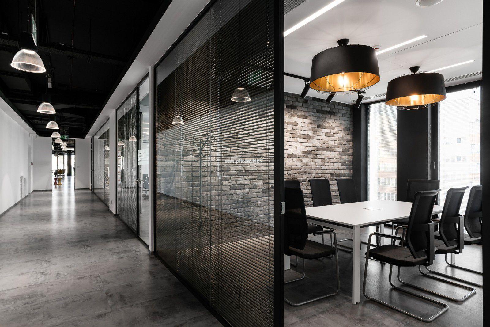 青岛高新区联东U谷3#设计案例